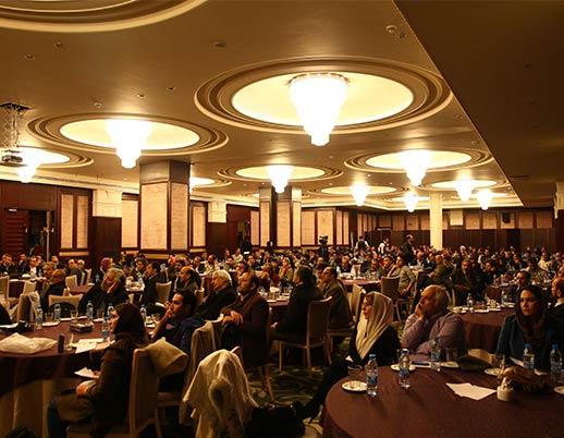 همایش معرفی دستگاه های تولید کتاب کم تیراژ ۱۳۹۱ در هتل اسپیناس
